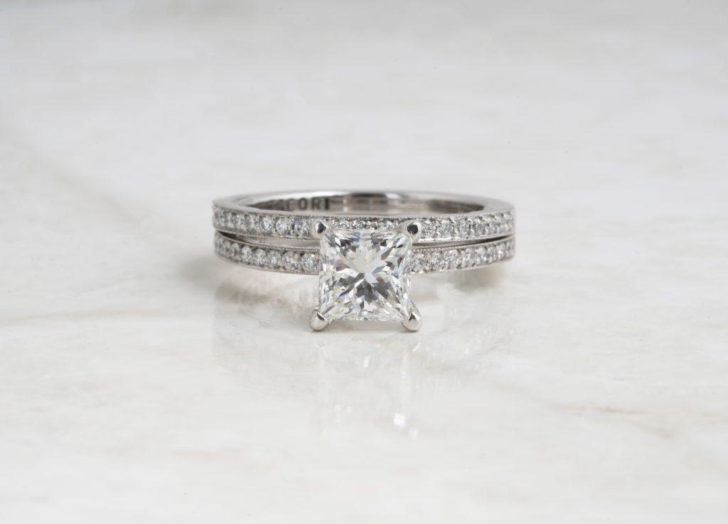 image of princess cut diamond ring shape