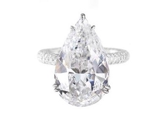 solitaire-pear-cut-engagement-ring