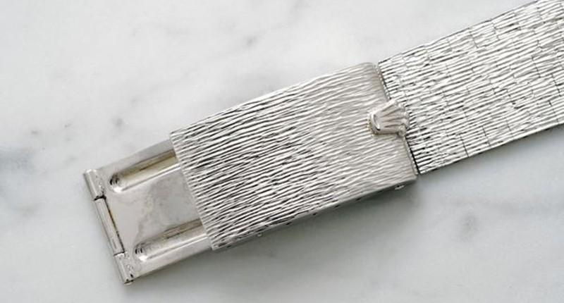 Bracelet en métal de la montre licorne raffinée par rolex.