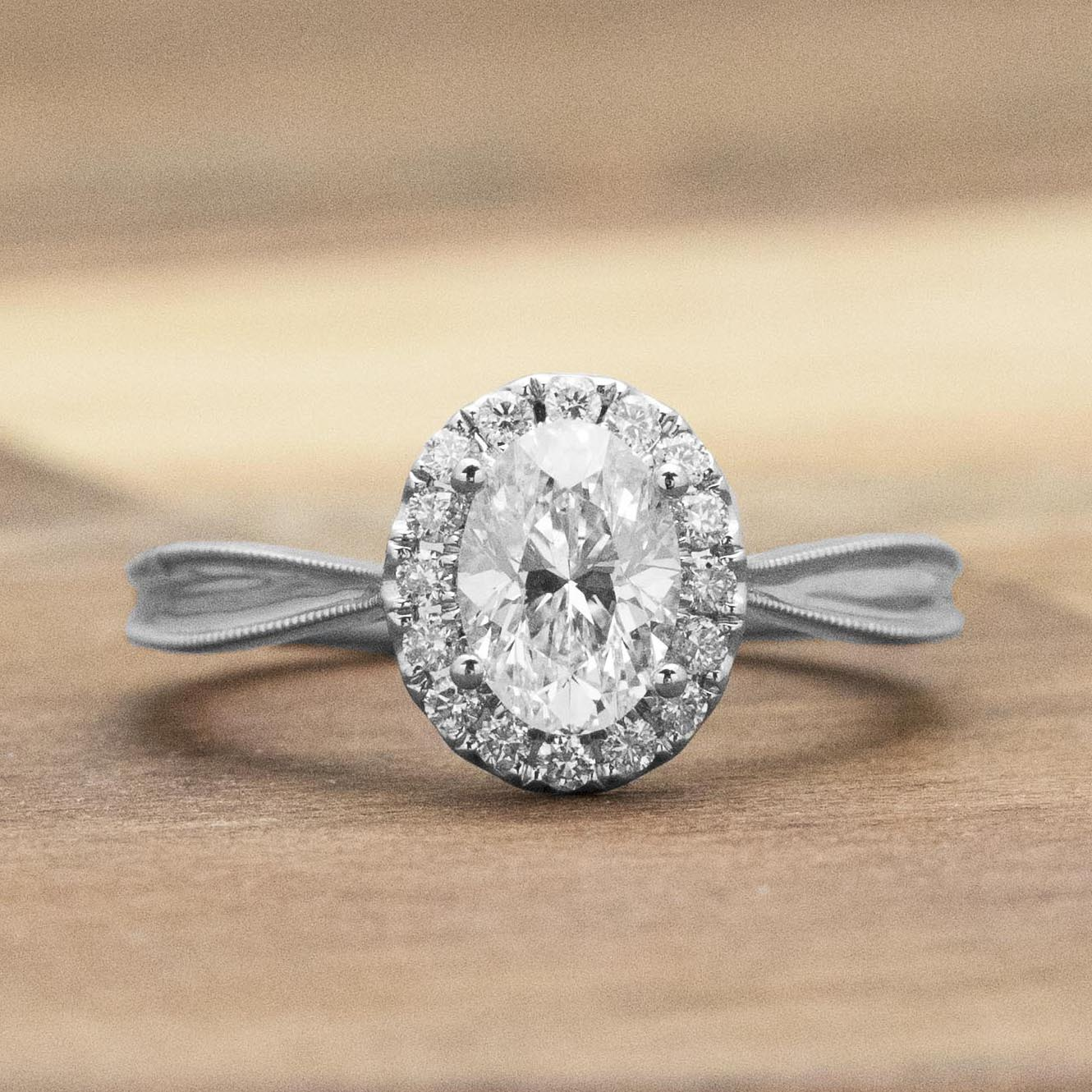 oval-engagement-ring-trends