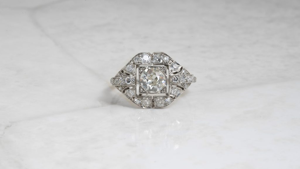 image of art deco engagement ring trends