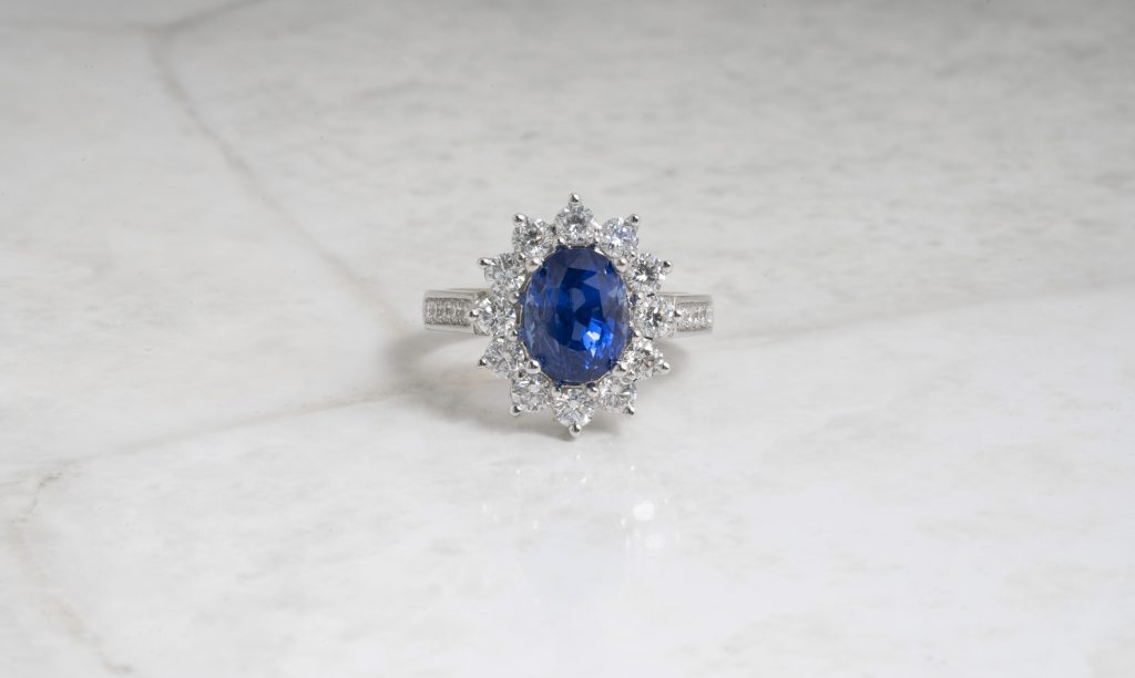 image of sapphire ring