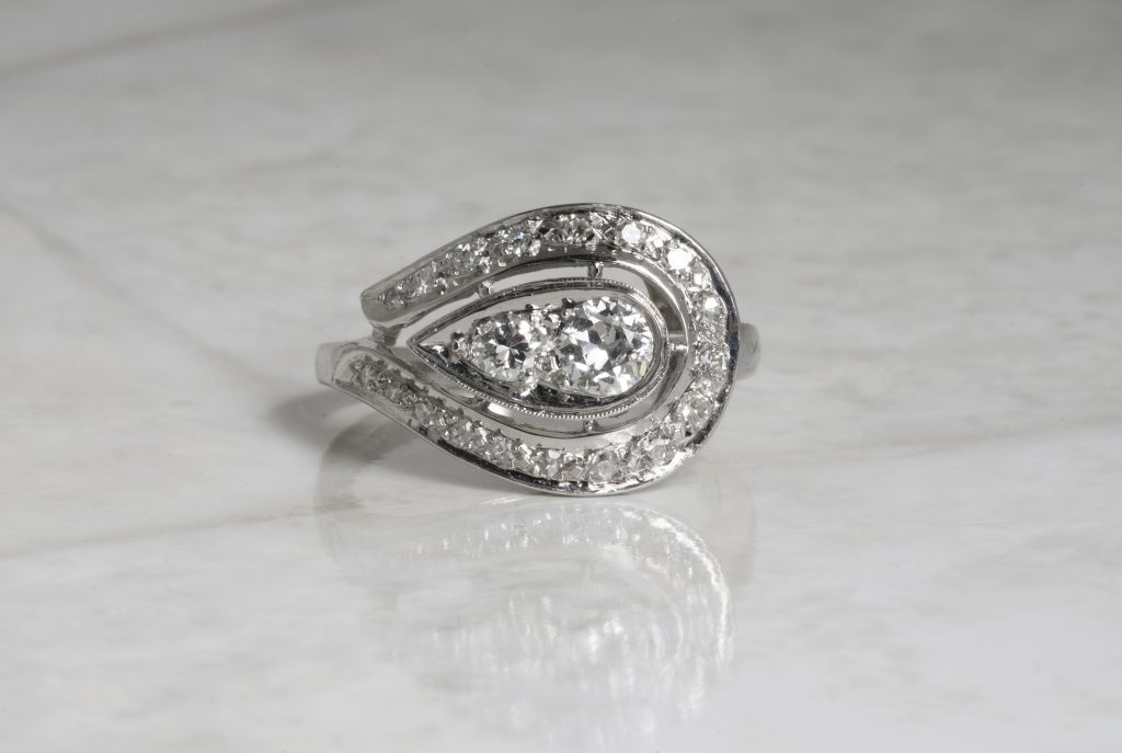 image of east west engagement ring trends