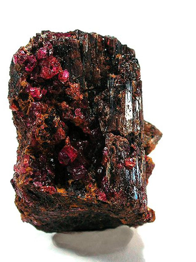 image of painite