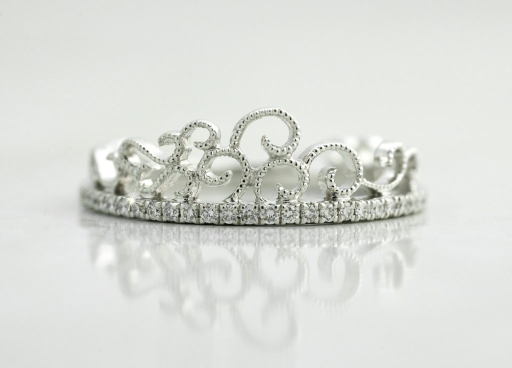 image of crown unique wedding ring