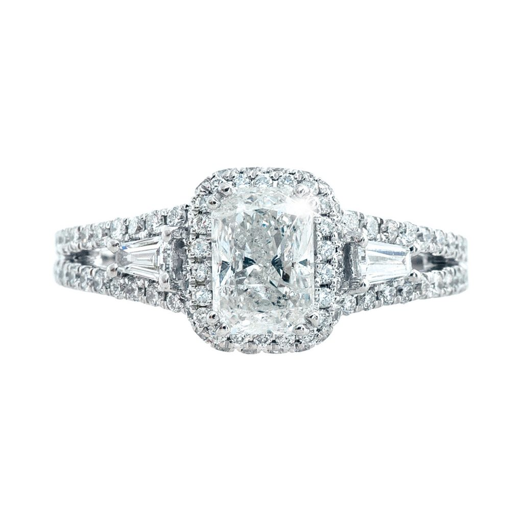 image of baguette diamonds on engagement ring