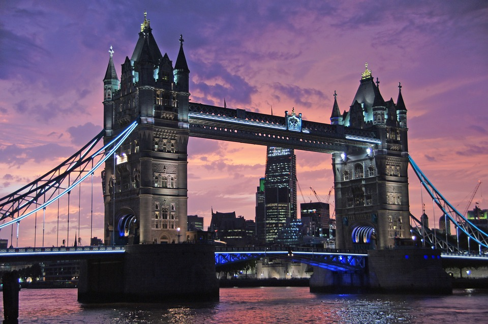 image of tower bridge london