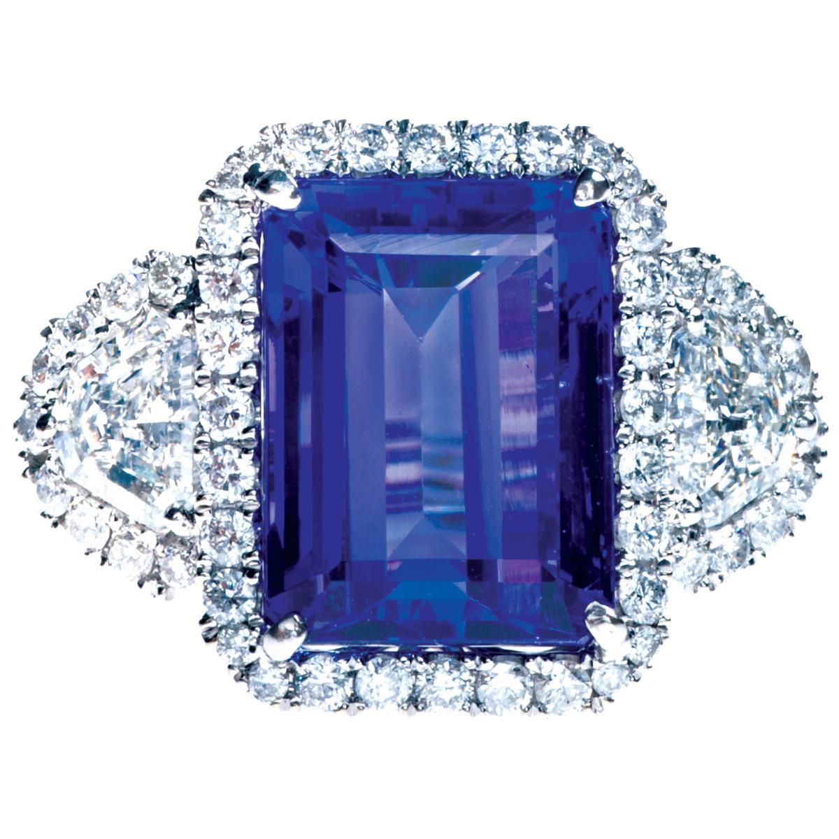 Vintage 7.89 CTW Tanzanite & Diamond Ring
