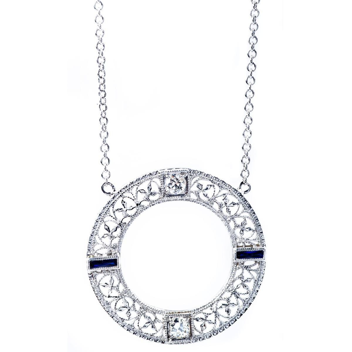 Vintage Diamond Circle Pendant