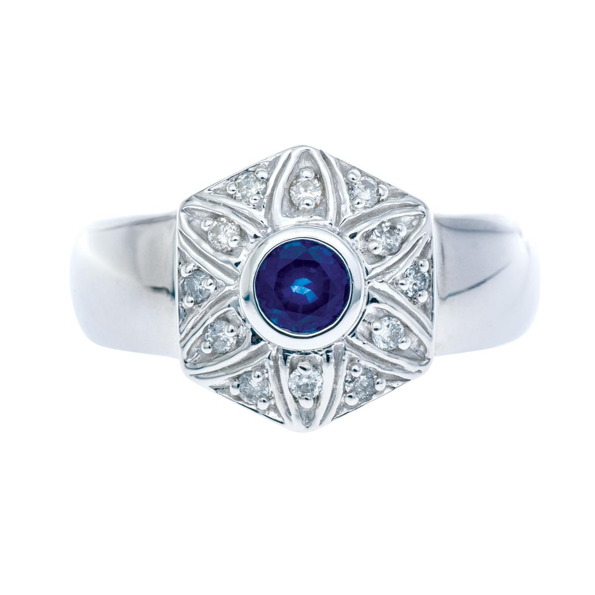 Vintage 0.24 CT Blue Sapphire Flower Ring