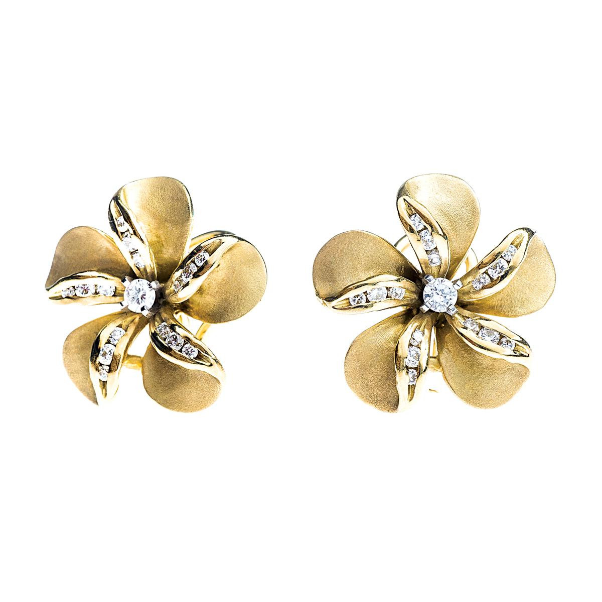 Vintage Na Hoku 0.60 CTW Diamond Plumeria Earrings