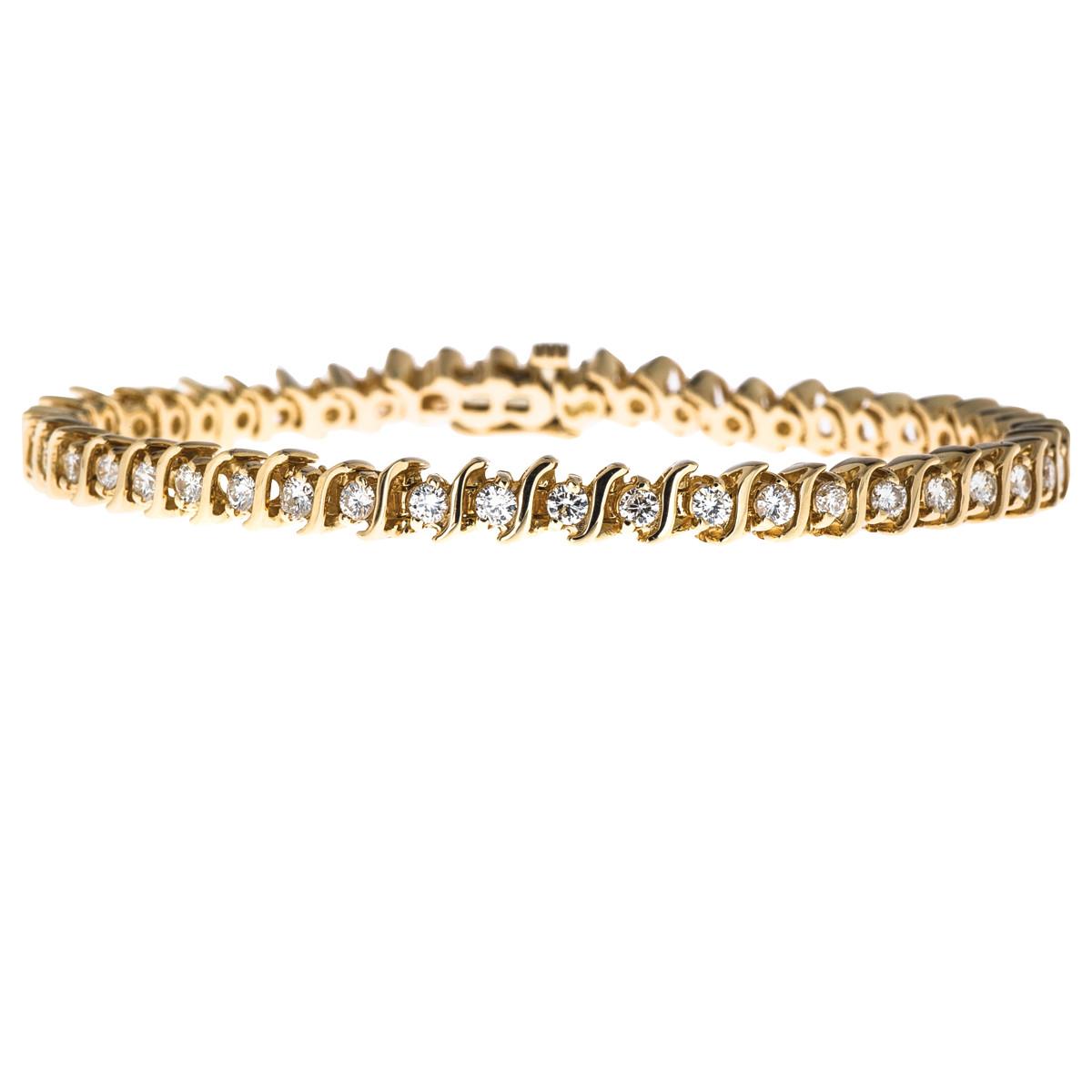 Vintage 1.96 CTW Diamond Tennis Bracelet
