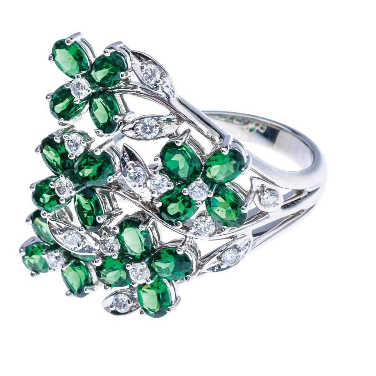 Vintage 2.97 CTW Tsavorite & Diamond Ring