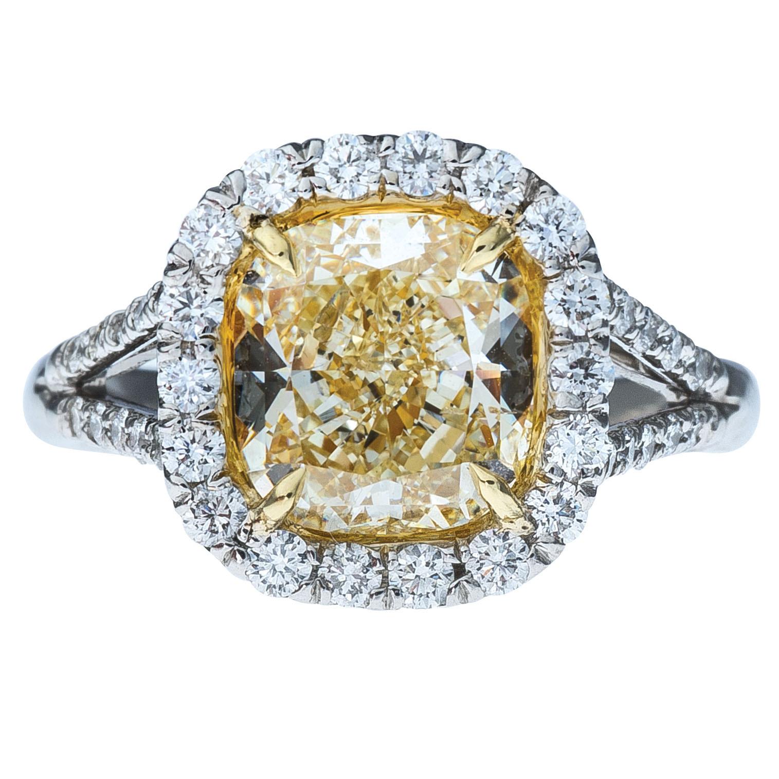 Vintage 3.61 CTW Diamond Engagement Ring