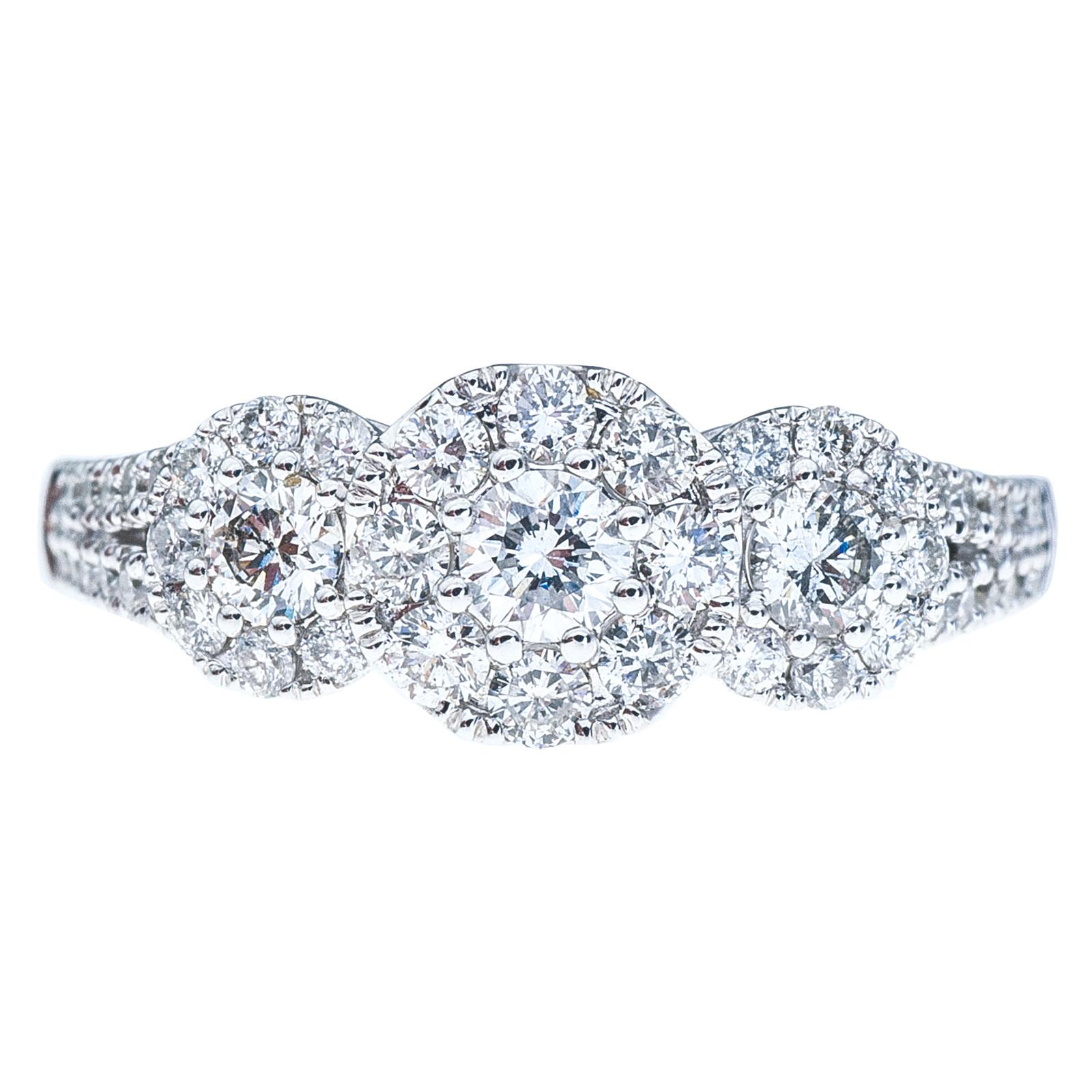 New 0.95 CTW Diamond Halo Engagement Ring