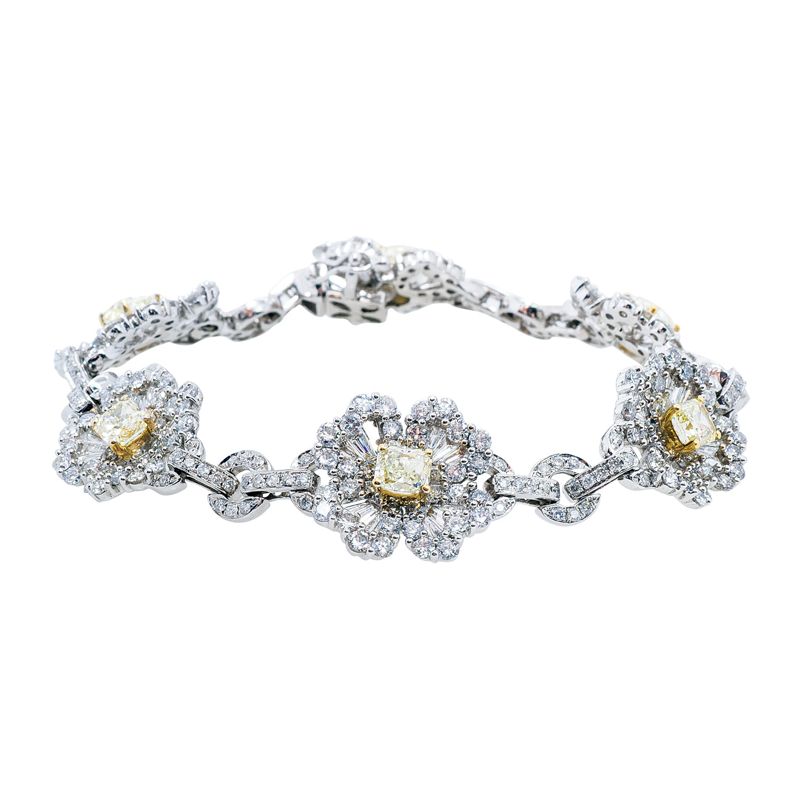 Vintage 8.91 CTW Fancy Yellow and White Diamond Flower Bracelet