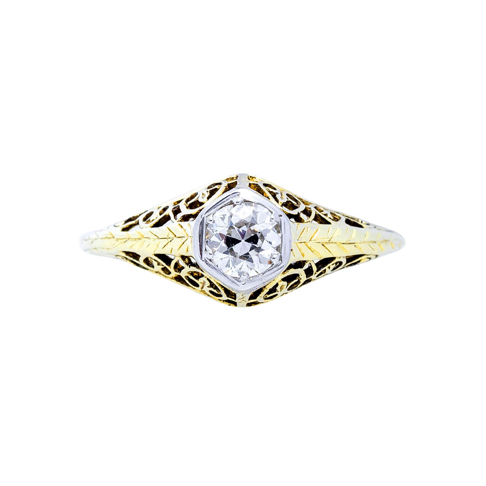 Antique 0.30 CT Diamond Art Deco Engagement Ring