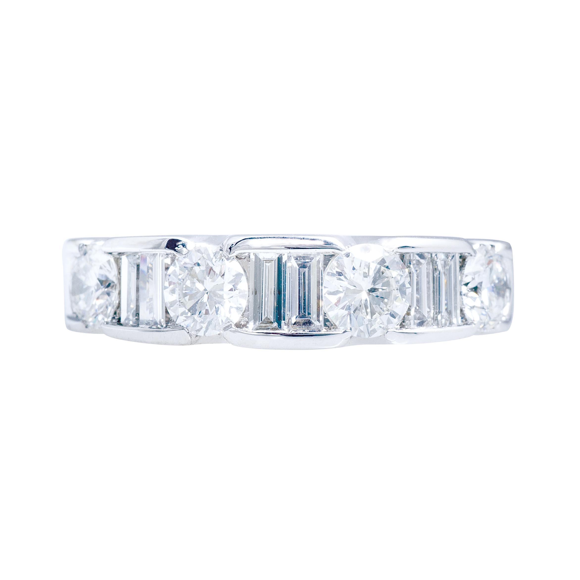 Vintage 1.38 CTW Round Brilliant & Baguette Cut Diamond Wedding Band