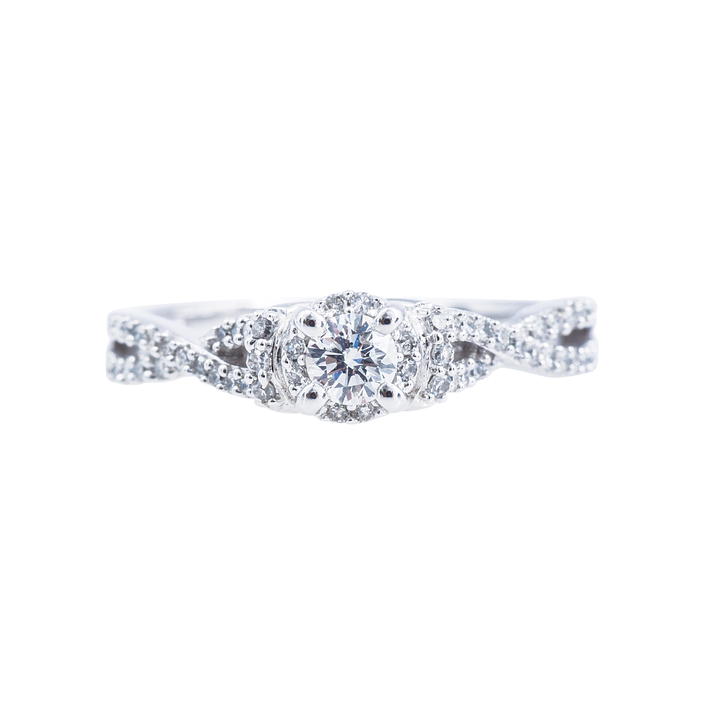 New 0.40 CTW Diamond Halo Engagement Ring