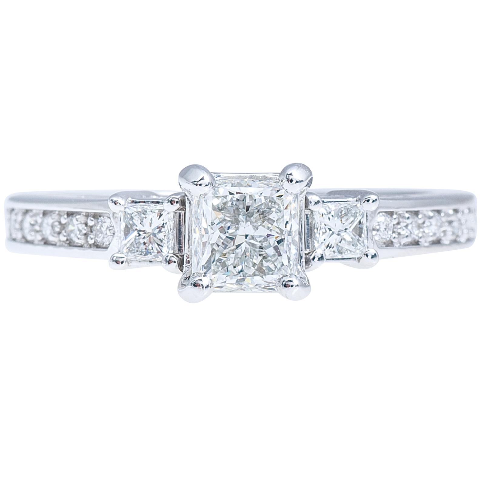 Vintage 1.14 CTW Diamond Three Stone Engagement Ring
