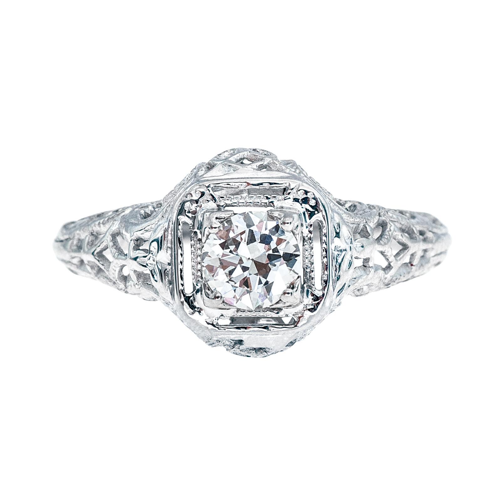 Antique 0.28 CT Diamond Engagement Ring