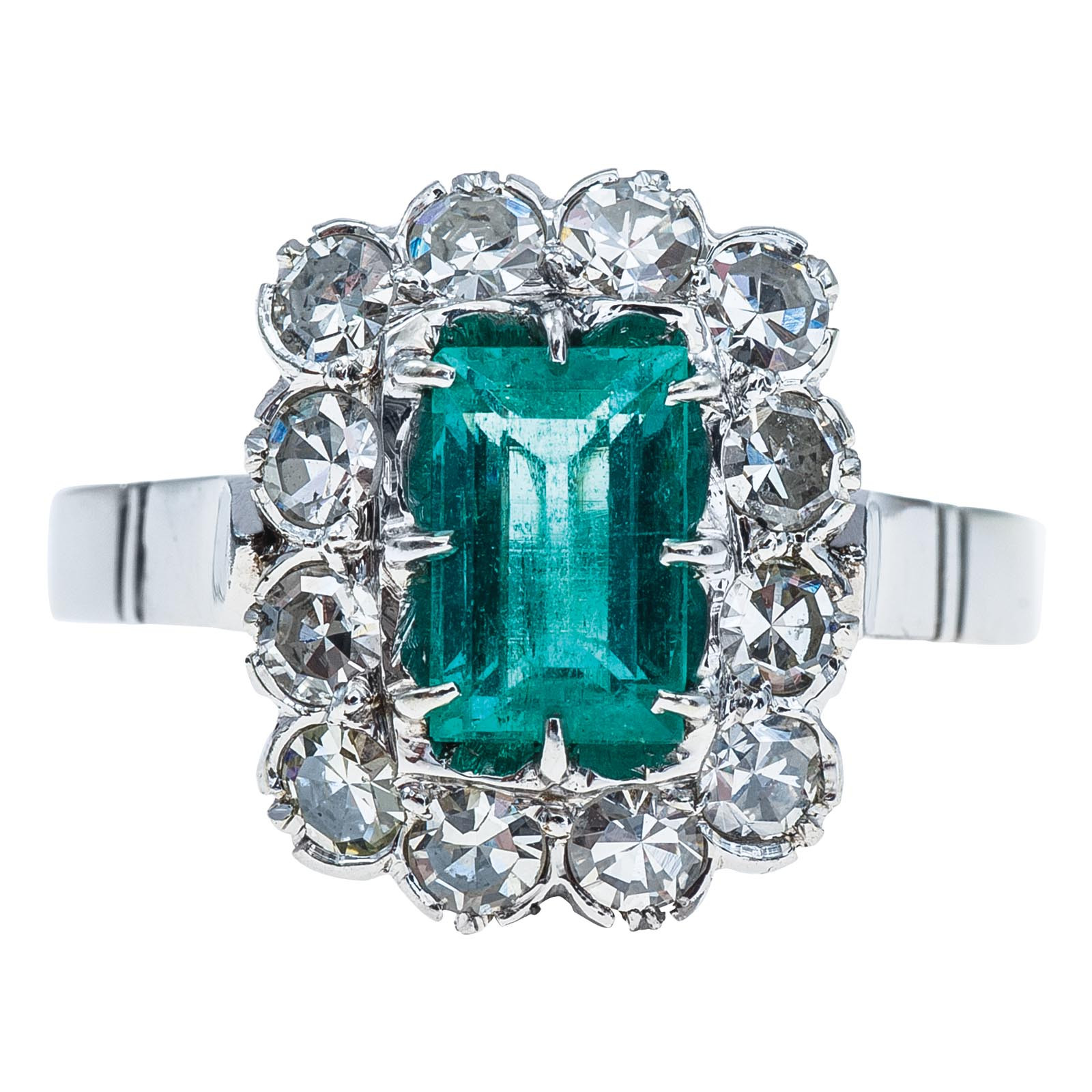 Vintage Mid-Century 0.91 CTW Emerald & Diamond Ring