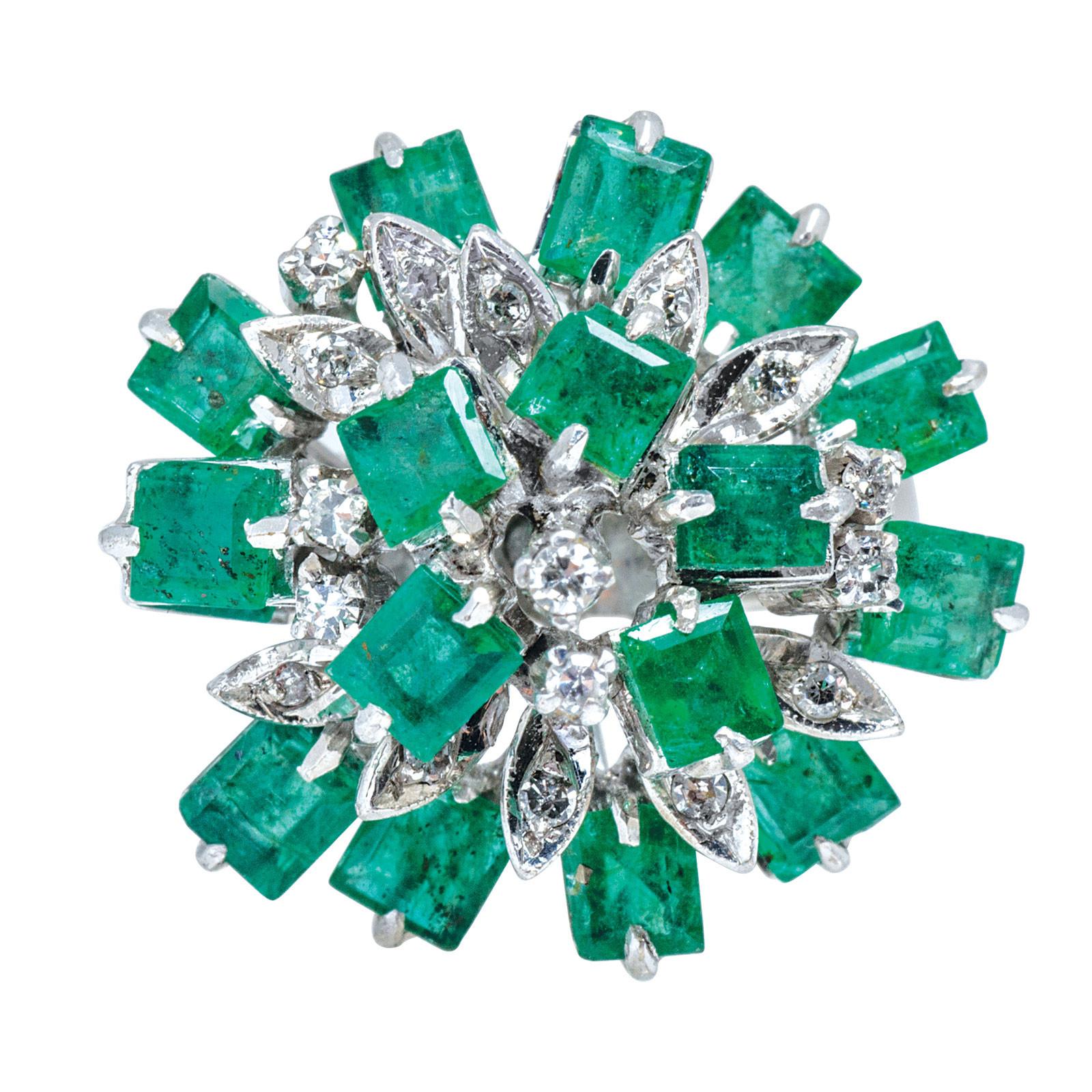 Vintage 1.55 CTW Emerald & Diamond Ring