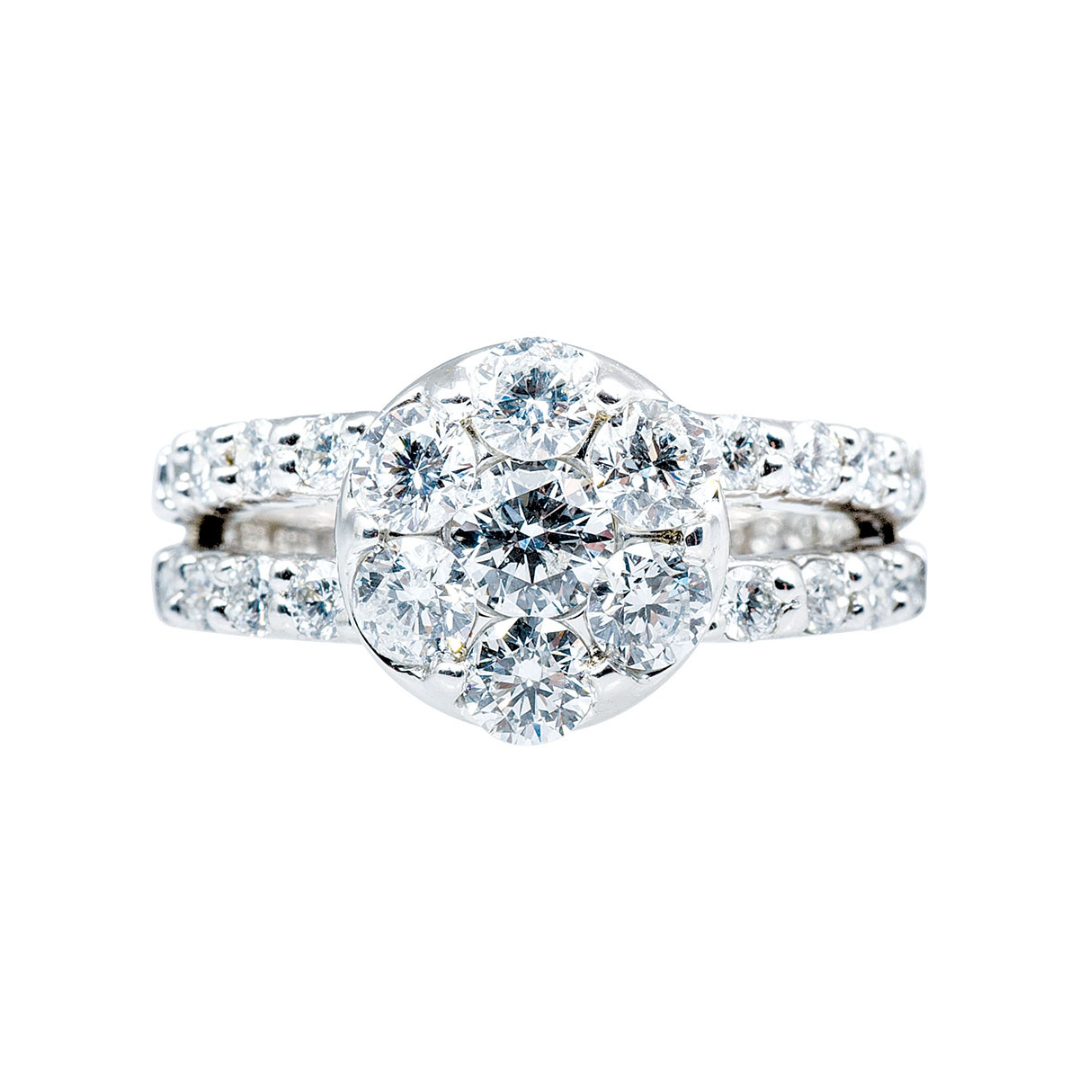 Vintage 1.50 CTW Diamond Cluster Ring