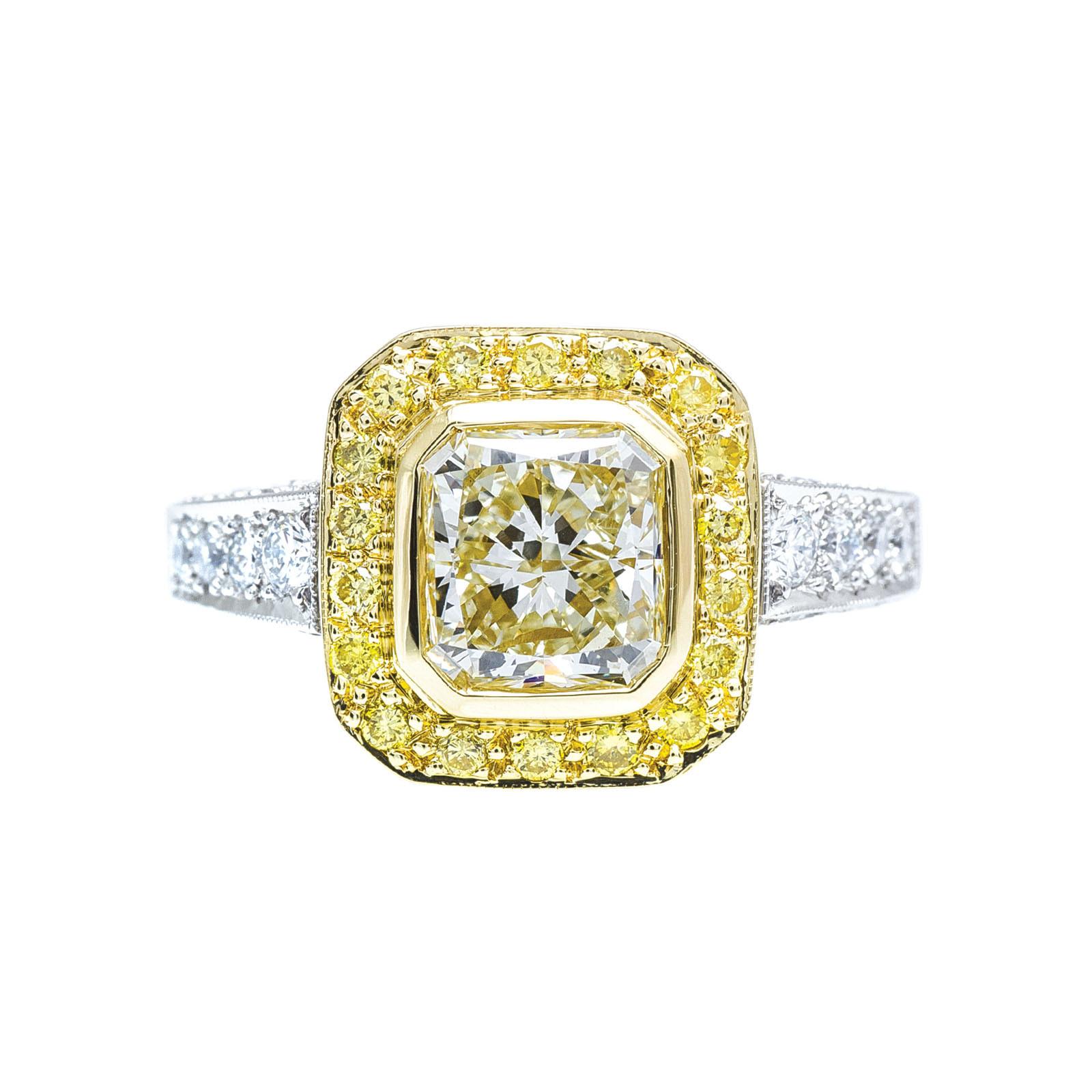 Vintage 2.55 CTW White & Yellow Diamond Ring