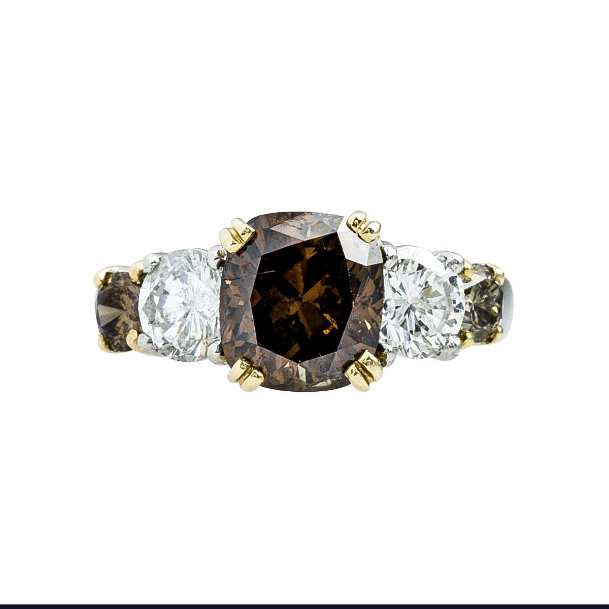 Vintage 3.85 CTW White & Brown Diamond Ring