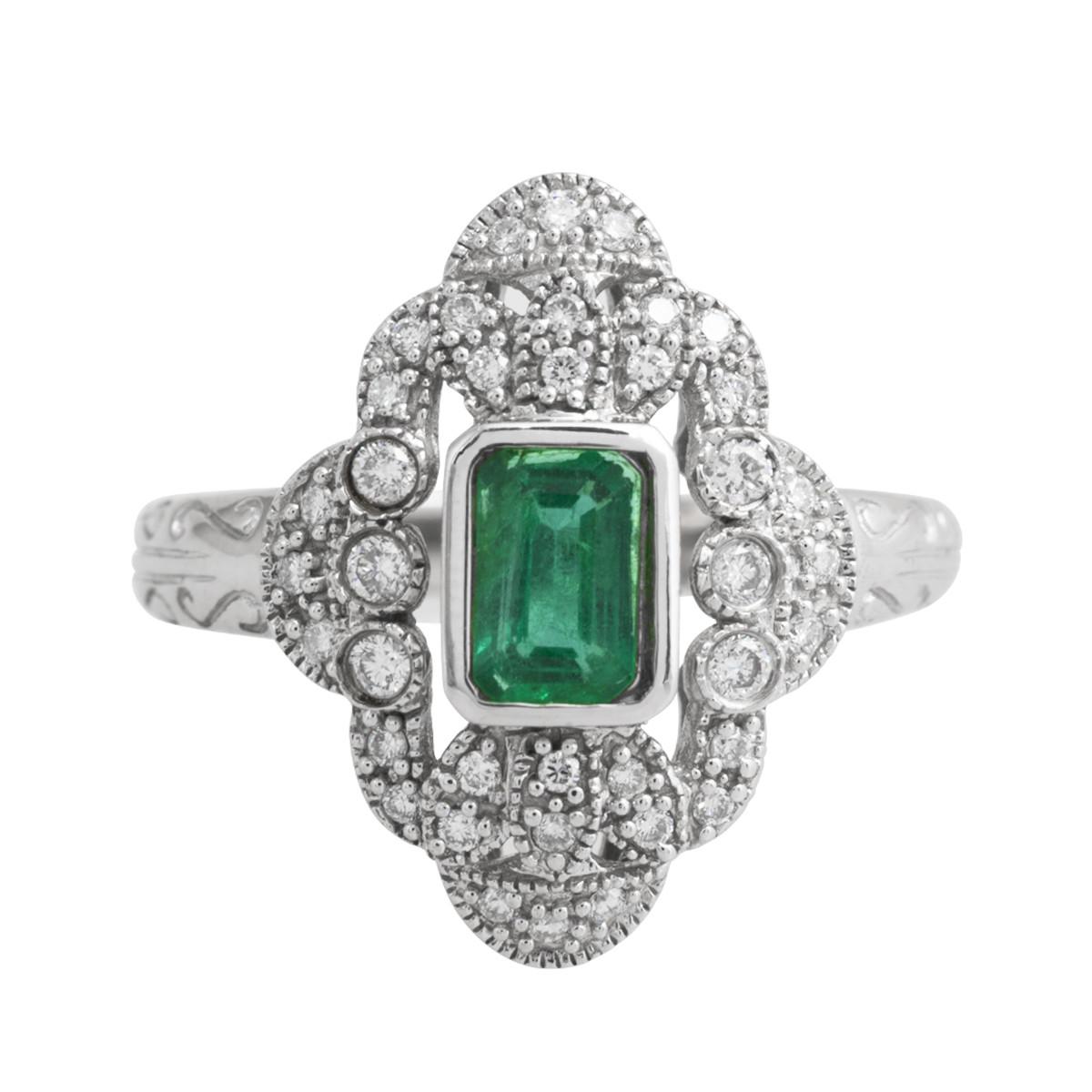 Vintage 0.90 CTW Emerald & Diamond Ring