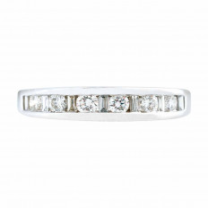 Vintage 0.41 CTW Diamond Anniversary Band