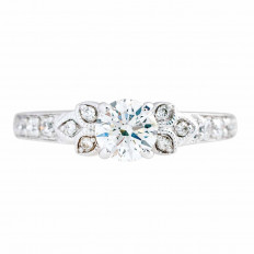Vintage 0.70 CTW Diamond Leaf Engagement Ring