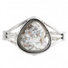 Vintage Navajo Native American Howlite Cuff Bracelet